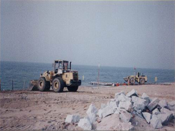 中海油番禺海底管线登陆安装项目(2004年)