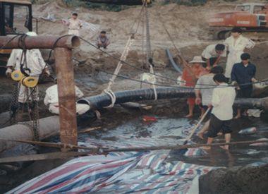 中海油平湖油田海管修复项目(2002年)